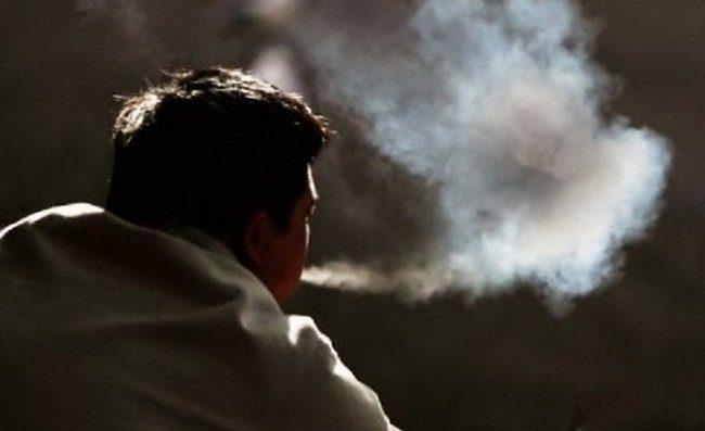 hút thuốc lá dễ mắc ung thư vòm họng